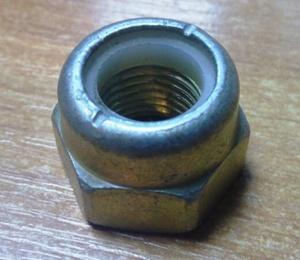 -------  K0429VZ ГАЙКА   Шар.опоры VAZ*2101 с нейлон. (стопорн.) кольцом  M14x1,5 / S=22