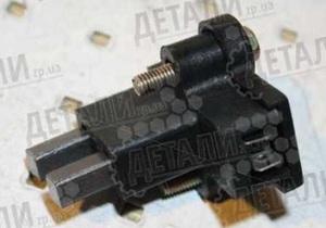 КИТАЙ 250-3701010 Щётка   Генератора Г-2410  в сборе  Щёткодержатель Г-2410;Г-3102